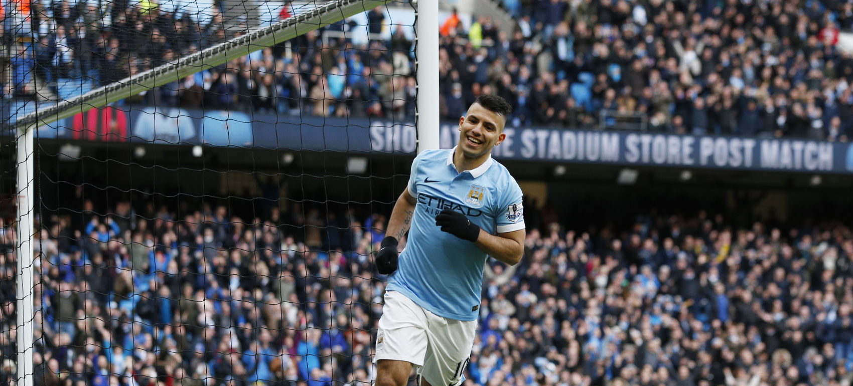 → Sergio Agüero's biggest-ever single-Gameweek haul came in a home match against Newcastle United in 2015/16. How many FPL points did he rack up in this fixture?