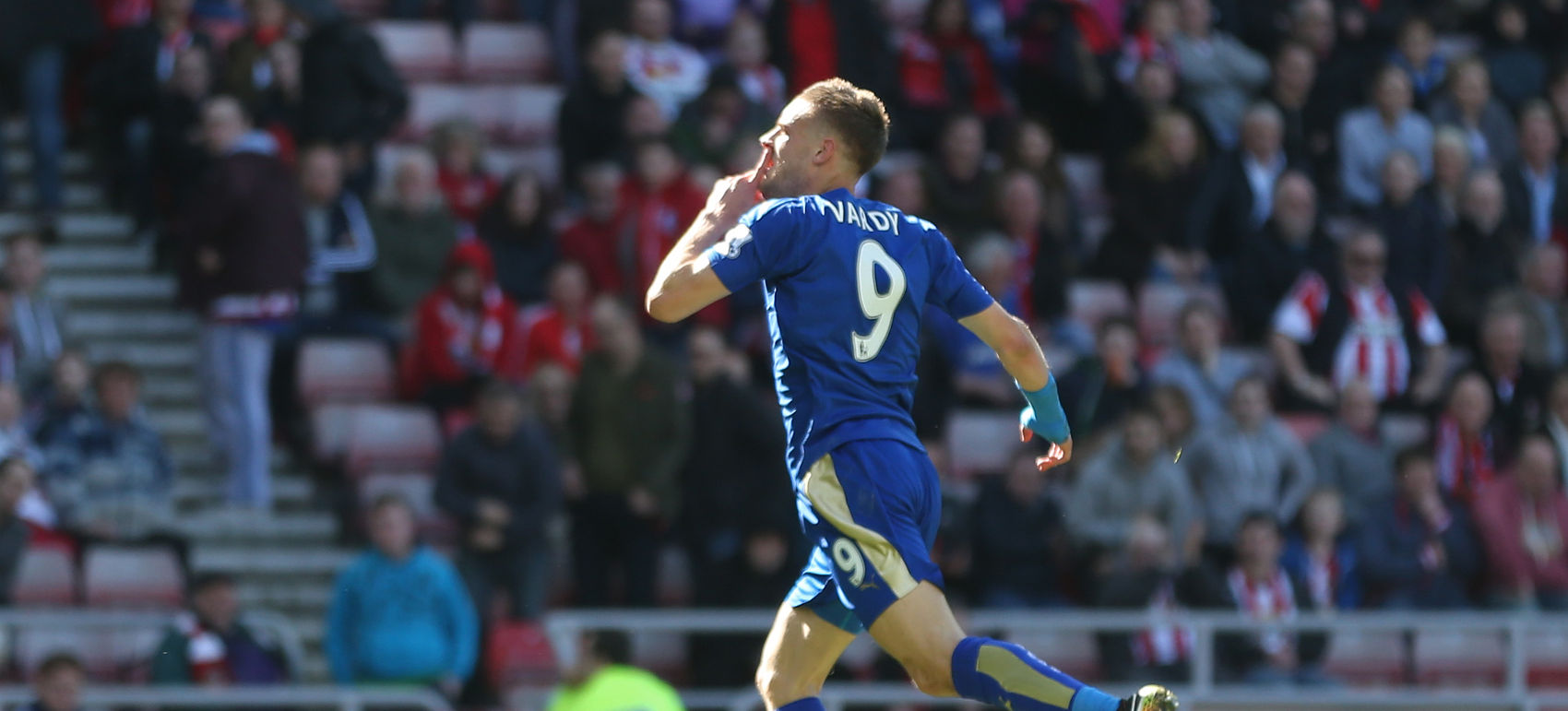 → Jamie Vardy, then available for £4.9m, scored 21 points and was involved in all five of Leicester City's goals in a Gameweek 5 win over whom?