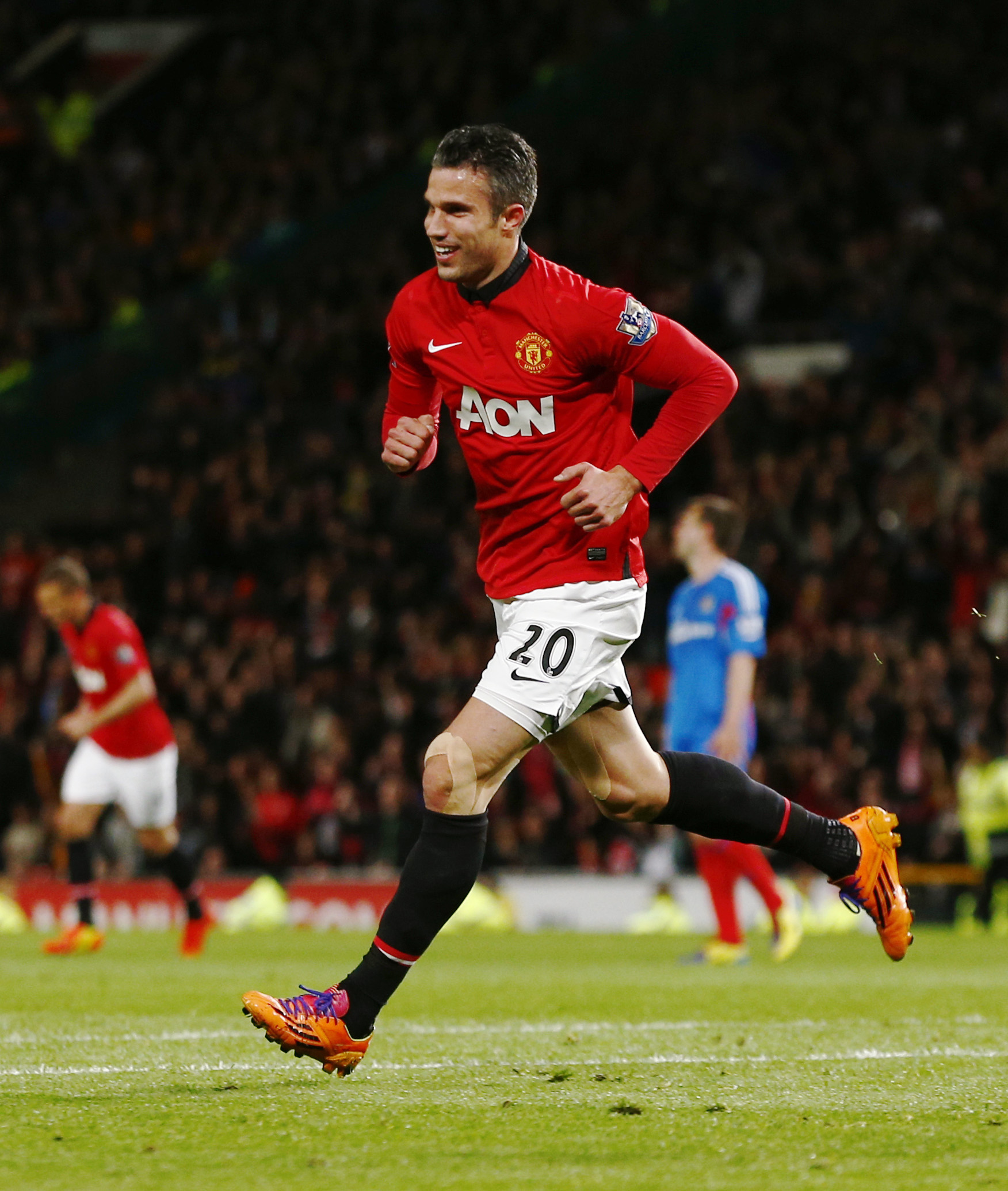 → Robin van Persie was the most expensive FPL asset when the game relaunched in the summer of 2013. What was his astronomical starting price?