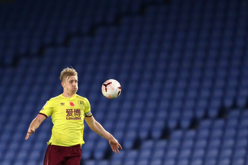 Mee boosts Burnley clean sheet potential as Welbeck impresses for Brighton
