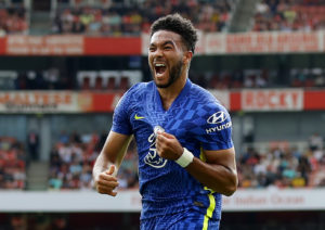 Lukaku on target as Chelsea assets prosper at Arsenal 4